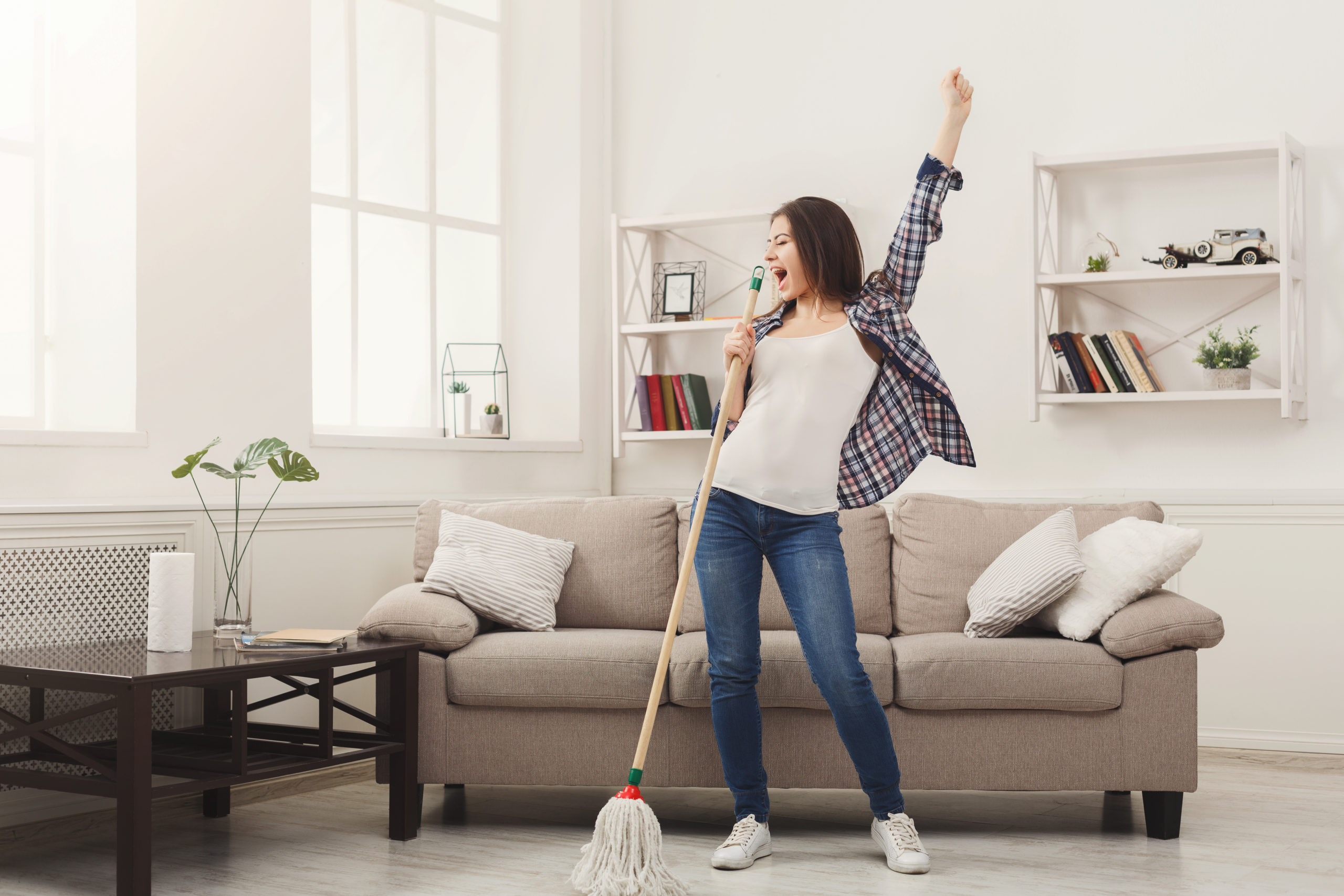 5 Easy Ways to Declutter Your Space this Spring